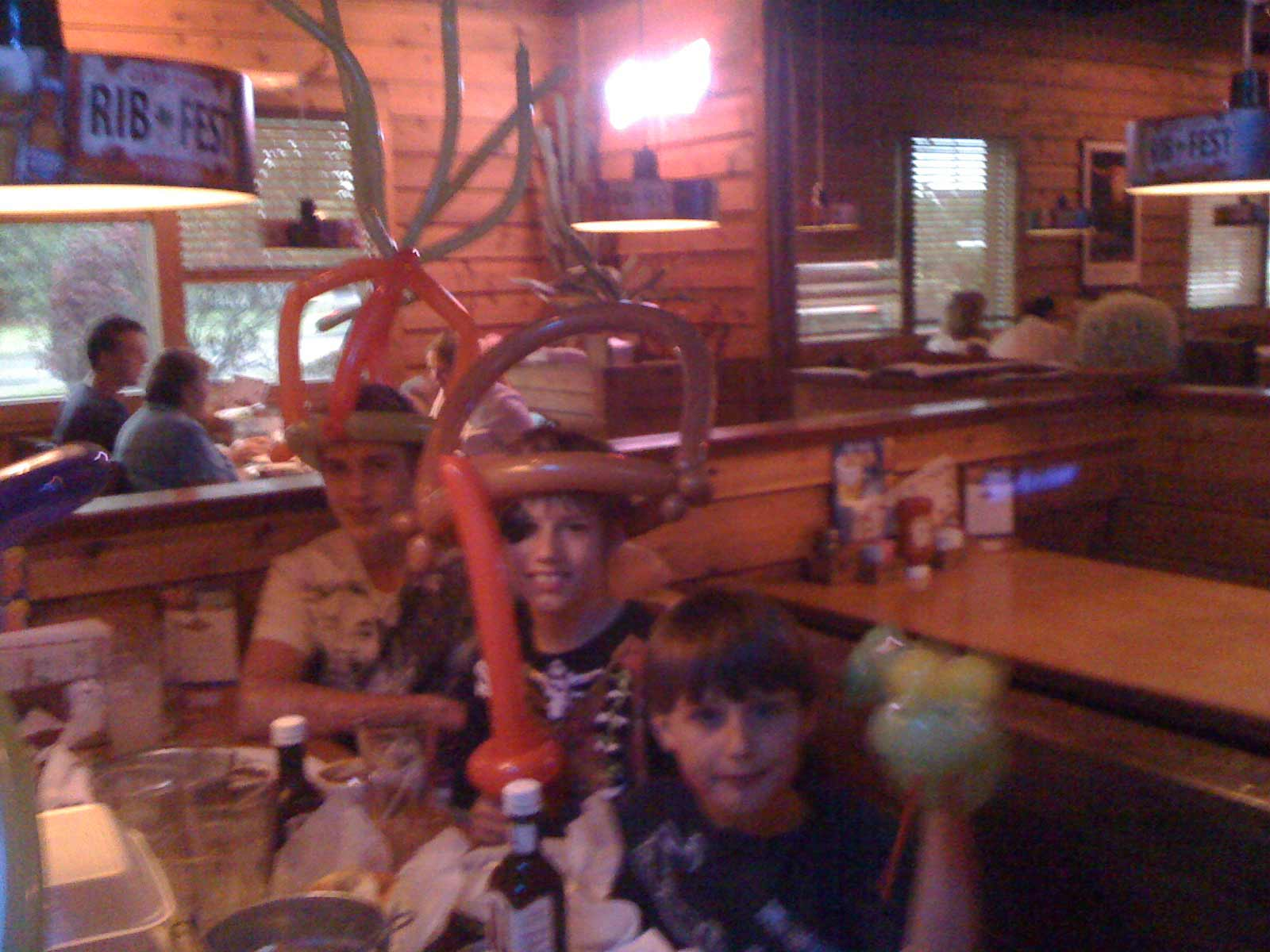 Texas-Roadhouse-BALLOON-HAT.jpg